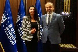 Başkan Alinur Aktaş: Belediye Başkanlığındaki tecrübemi sorgulatmam!